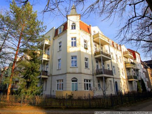 investment-grosse-dachgeschosswohnung-mit-2-balkonen-fusslaeufig-zum-mueggelsee